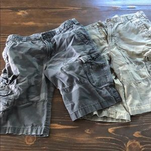 Lot of 2 camo cargo shorts